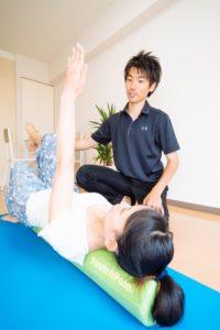 ストレッチポールで体幹トレーニング